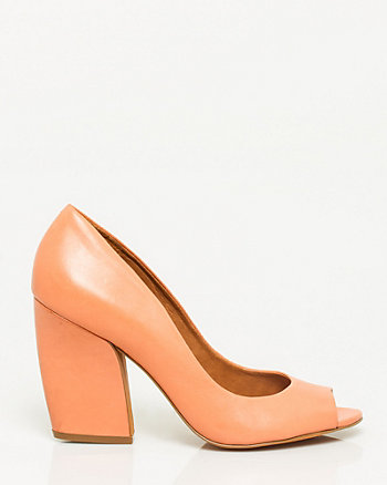 Brazilian-made Leather Block Heel Pump