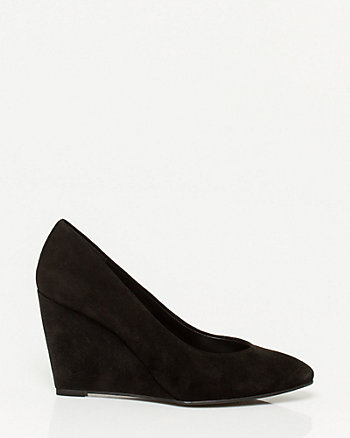Suede Pointy Toe Wedge