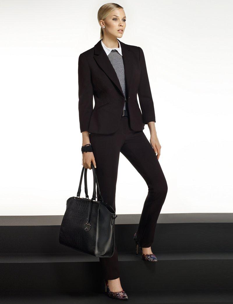 Le Château: Women's Suit Shop 168