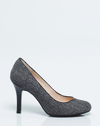 Herringbone Round Toe Pump
