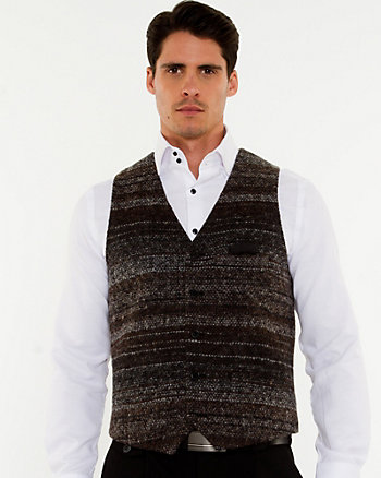 Gilet de coupe contemporaine en tweed bouclé