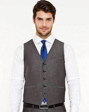 Shiny Piqué Contemporary Fit Vest