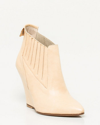Leather Pointy Toe Shootie
