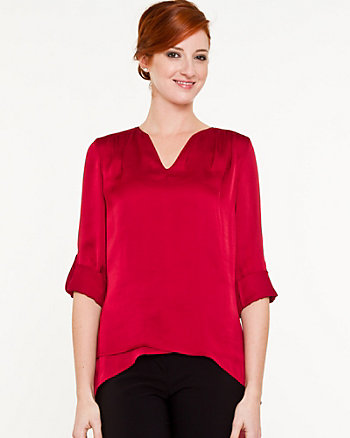 Silk-hand V-Neck Blouse