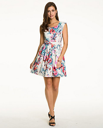 Floral Textured Knit Boat Neck Dress