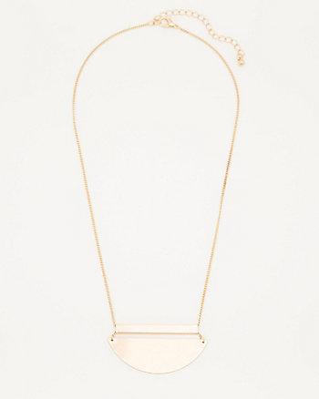 Metal Geo Pendant Necklace