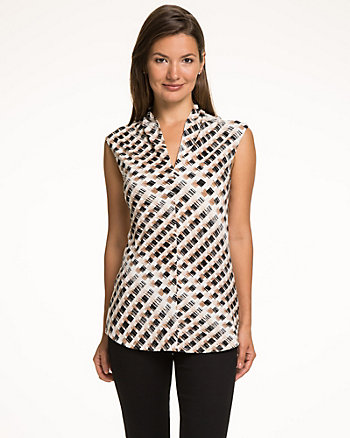 Geo Print Knit Built-Up V-Neck Top