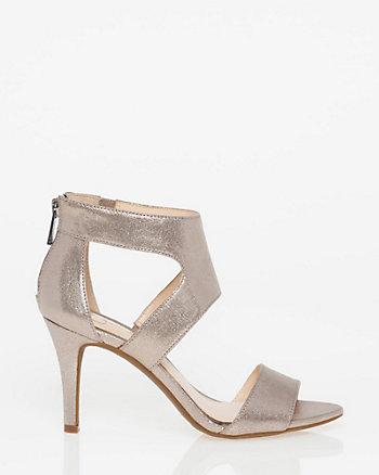 Sandale à découpes et fini métallisé
