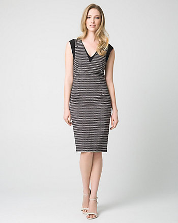 Geo Print Tech Stretch V-Neck Shift Dress