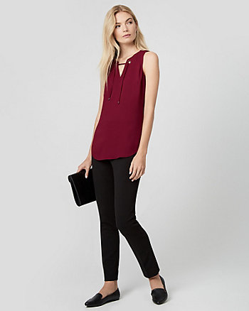 Crêpe de Chine Scoop Neck Sleeveless Top