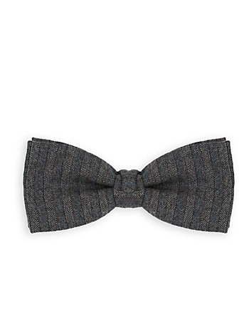 Italian-Made Wool Bow Tie