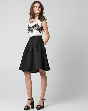 Lace Boat Neck Party Dress