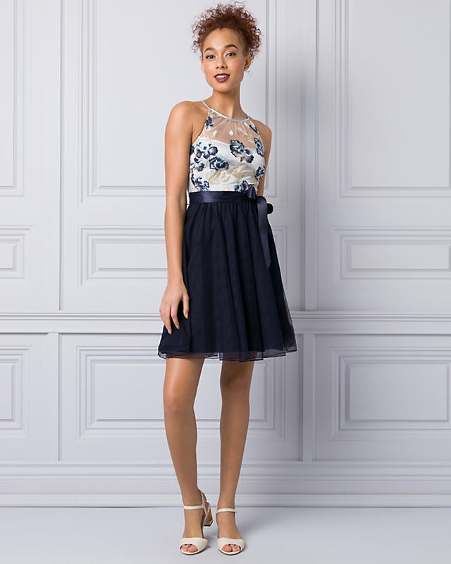 Cocktail & Party - All dressed up with everywhere to go! Discover beautiful party dresses, cocktail dresses, and formal gowns for any special occasion. Shop now!