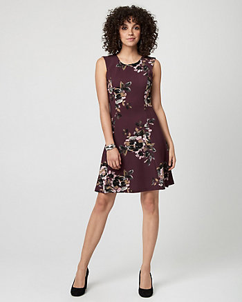 Floral Print Textured Knit Crew Neck Dress