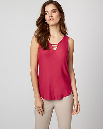 Textured Knit V-Neck Top
