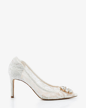 Brooch Embellished Lace Pointy Toe Pump