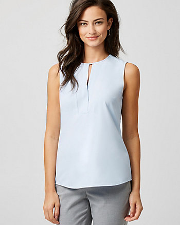 Crêpe Crew Neck Sleeveless Blouse