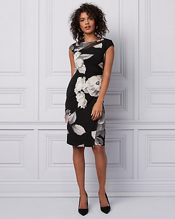 Floral Print Pleated Wrap-Like Dress
