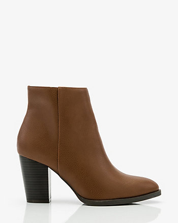 Pebble Pointy Toe Ankle Boot