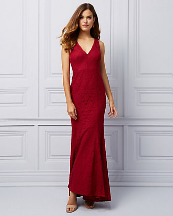 Lace V-neck Trumpet Gown