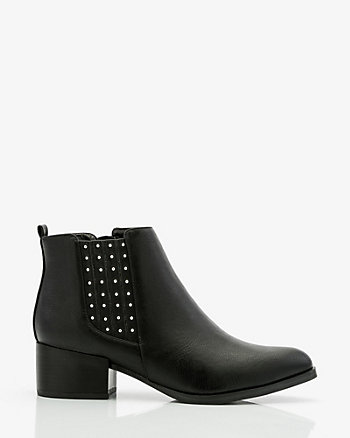 Studded Pointy Toe Chelsea Boot