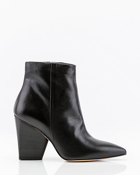 Italian Made Leather Pointy Ankle Boot by Le Chateau