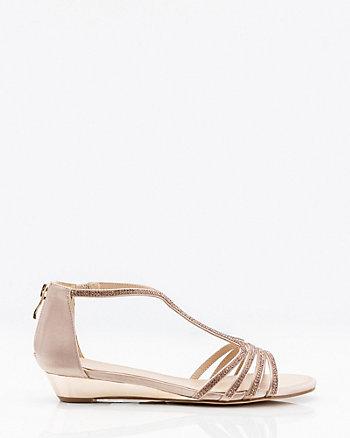 Sandale en satin orné de pierres