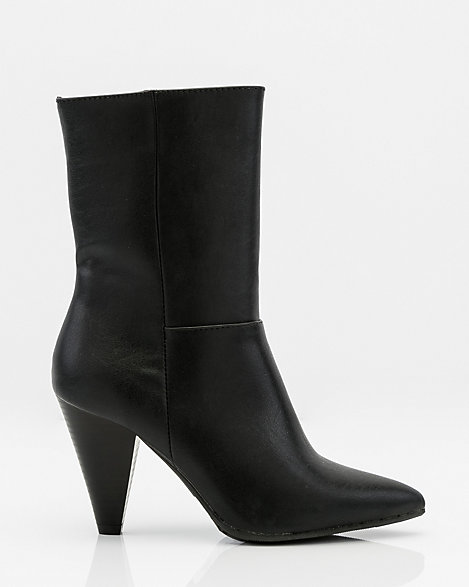 Pointy Toe Cone Heel Ankle Boot | LE