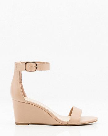 Sandale à talon compensé et bout ouvert