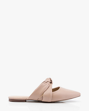 Knotted Pointy Toe Mule