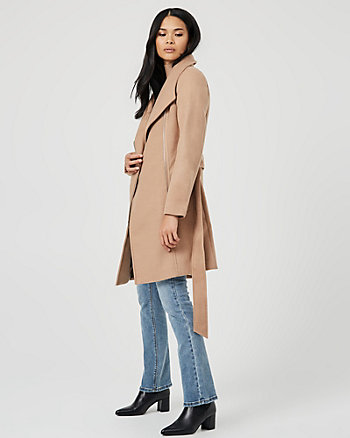 Manteau à col ouvert d'aspect cachemire