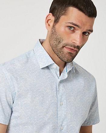 Chemise à motif abstrait