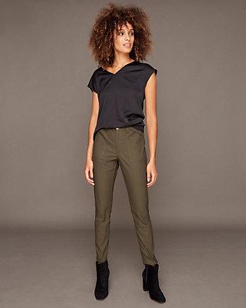 Pantalon moulant style cargo en coton extensible
