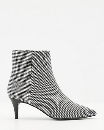 Houndstooth Print Pointy Toe Ankle Boot